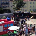 Bild vom Sommerfest der Freiwillige Feuerwehr Pfersee mit Menschgruppe