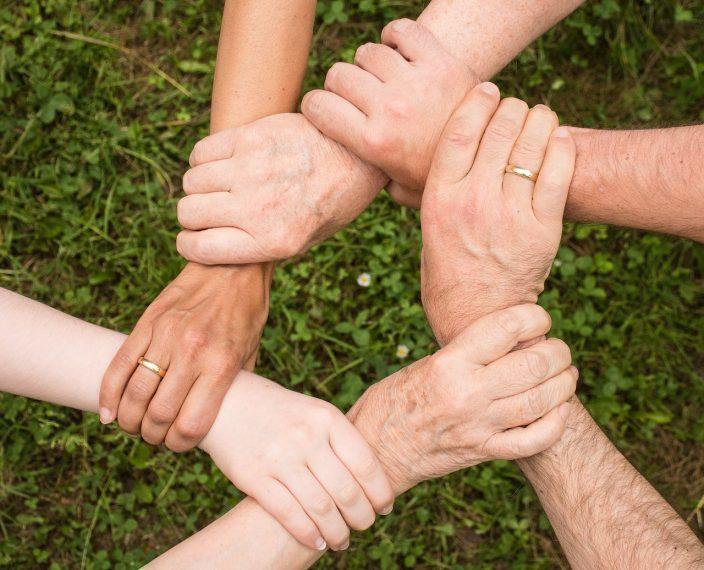 Zusammenhalten - Hände